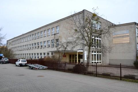 Zespołu Szkół Mechanicznych im. KEN w Poznaniu - opinia ornitologiczna