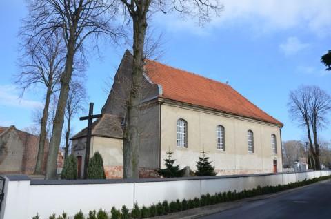 Kościół p.w. św. Ap. Piotra i Pawła w Gołanicach - ekspertyza chiropterologiczna