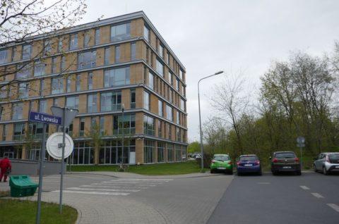 Budynek mieszkalny wielorodzinny z garażem podziemnym przy ulicy Lwowskiej w Poznaniu - inwentaryzacja dendrologiczna